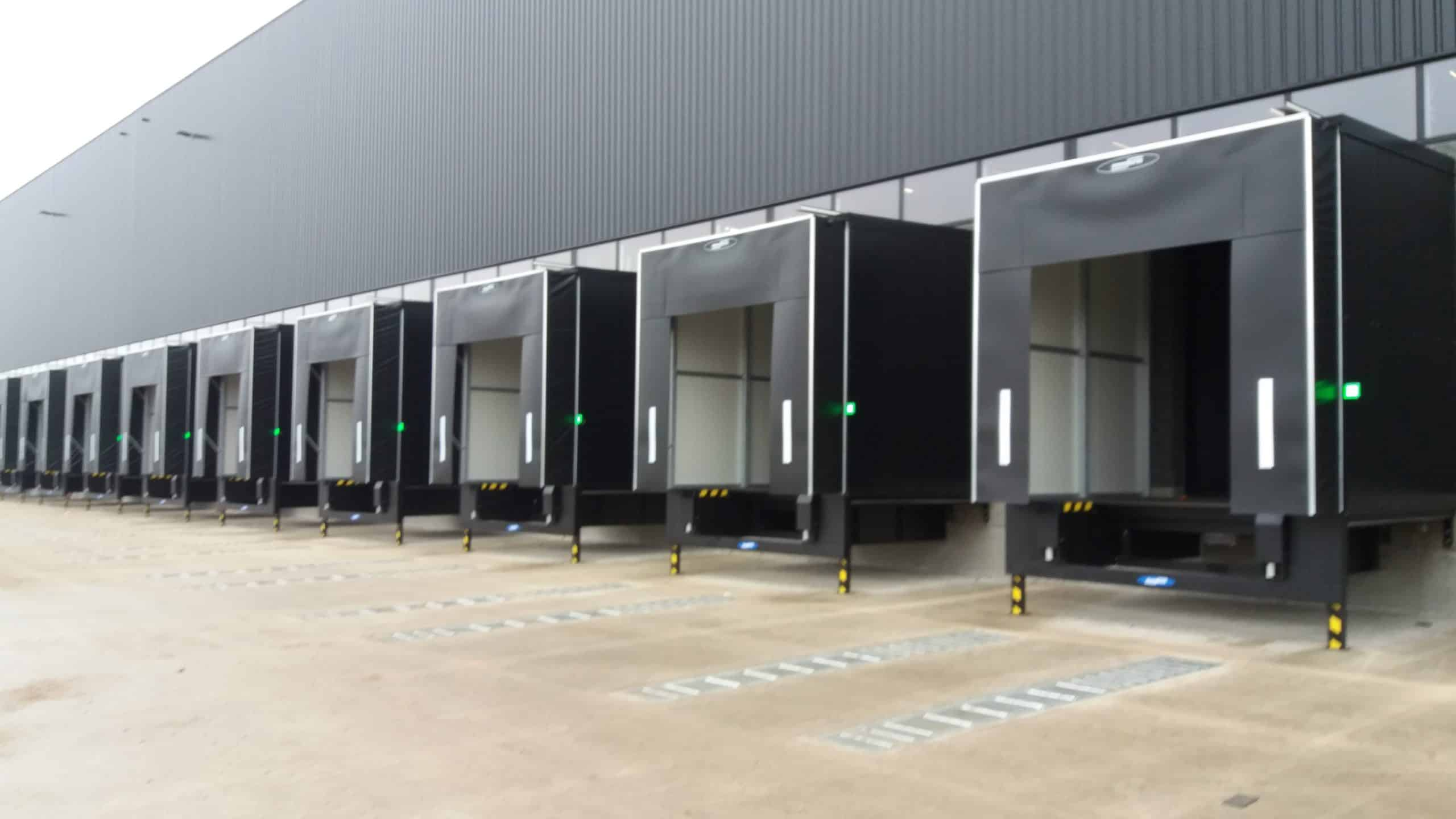 Nouvelle installation entreprise avec plusieurs Calematic sur plateformes logistiques